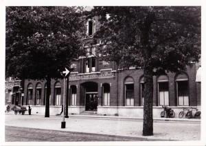 Joods bejaardentehuis aan Claes de Vrieselaan